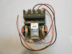 used Square D Motor Starter Contactor Switch 8536 Co 3 Series 8 23f9 1