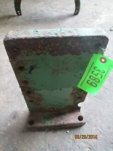 Original John Deere 2010 Fender Bracket T19267 T18573 Item 3589