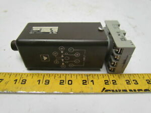 Eagle Signal Cg907q3 120v Ac dc Time Delay Relay W base 0 25 1 75 Sec