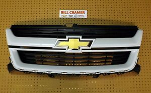 84270795 2015 2018 Chevrolet Colorado Oem Grille Painted Olympic White Gaz