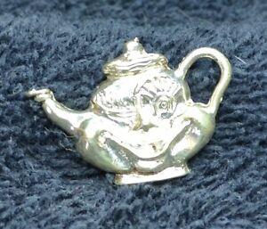 Sterling Silver Scrap Not 2 Grams Grinning Smiling Winking Teapot Charm