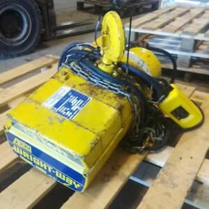 Acco Wright way 1 2 ton Electric Hoist 2101202