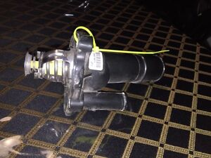 Engine Coolant Thermostat Housing Assembly For Mazda 3 Lf70 6921921