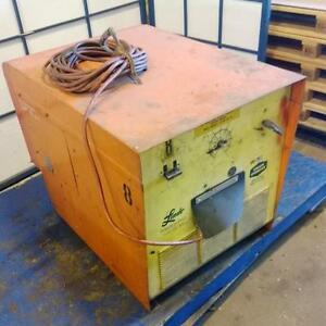 Linde Union Carbide Welding Power supply Ce 300 pzb