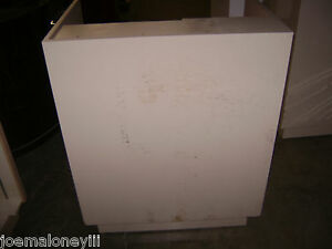 Kiosk Retail Counter White 39 X 28 X 44 1058