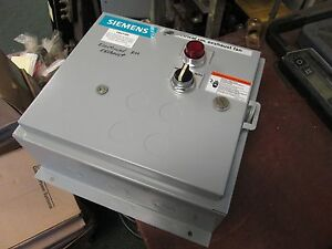 Siemens Enclosed Starter 14csd32bf 18a 120v Coil Used