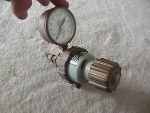 Airco Air Reduction Gauge Air Flow Regulator Gauge 200 Psi No 8410005