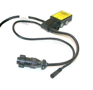 Hytrol Photoelectric Switch 24 30 Vdc Model 032003 2 Available