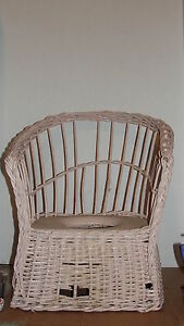 Antique Pink Wicker Potty Chair