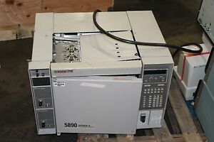 Hewlett Packard 5890 Hp Gas Chromatograph Series Ii