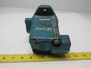 Vickers V101s2s27a20 Single Vane Hydraulic Pump 1 Inlet 1 2 Outlet