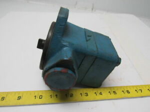 Vickers V101p2s1a20 Single Vane Hydraulic Pump 1 Inlet 1 2 Outlet
