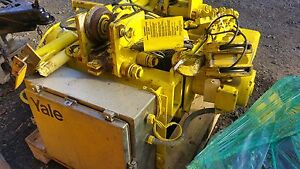 Yale 1 1 2 Ton Cable Hoist With Trolley
