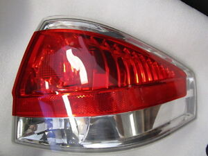 2008 Ford Focus Oem Passenger Side Tail Light Assembly Chrome