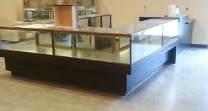 7 High End Jewelry Display Cases From Top Department Store ebony Black Wood