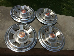 Set Of 4 Oem Vintage 14 Pontiac Pmd Hubcaps Wheel Covers