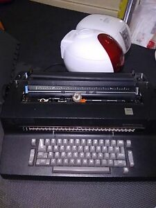 Ibm Selectric Ii Black Electric Typewriter Good Condition