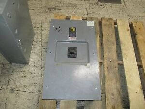 Square D Enclosed Circuit Breaker Lal36225 225a 600v missing Cover Screws Used