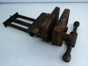 Vintage Large Columbian Cleveland Antique Vise 10 Woodworking 5 c Nice b5b