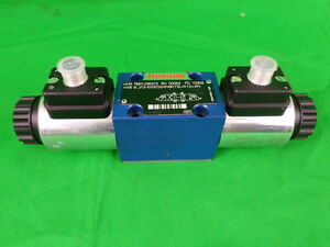 Rexroth Mnr R901235372 4 way Hydraulic Valve