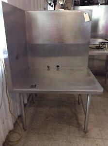 Stainless Steel Corner Equipment Table With 2 Sides i924