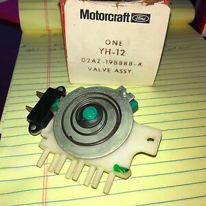 Nos Motorcraft A C Heater Vacuum Valve Switch D2az 19b888 A Ford Galaxie 1972