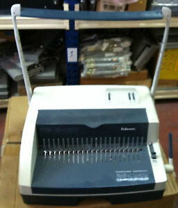 Fellowes Pb 2450 Spirale Plastic Comb Binding Machine