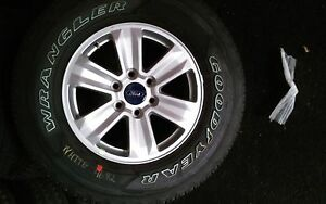 Ford F150 6 Lug 17 Inch Silver Wheels And Tires local Pickup Only
