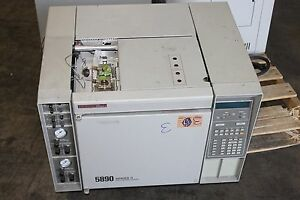 Hewlett Packard Hp 5890 Series Ii Laboratory Analytical Gas Chromatograph Gc E
