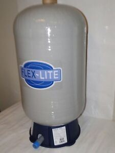 Fl 7 22 Gal Flexcon Flex lite Water Well Pressure Pump Tank Wellmate Wm6 Wx202