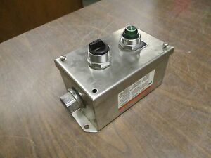 Square D Stainless Steel Pushbutton Station 9001kyss2 Size 6 X 4 X 3 Used
