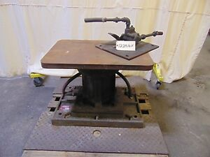 Heavy Duty Pneumatic Air Lift Table With Foot Control