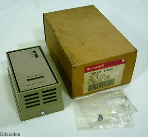 Honeywell T921d 1008 Thermostat
