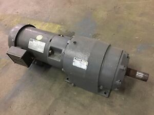 Motor With Gear Reducer Weg 1 1 2 Hp 3 Phase Plus Reliance Electric Motor
