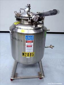Used Dci Reactor 50 Gallon 316l Stainless Steel Vertical Approximately 24