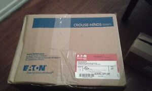Crouse Hinds Vxhf22gp 3 4 Luminaire Enclosed And Gasketed Light Fixture no Tax