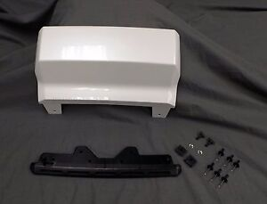 84025053 2016 2018 Chevrolet Suburban Oem Trailer Hitch Closeout Cover Panel New