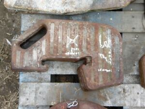 Massey Ferguson Front Weights 80lbs Each 133489 Tag 371 Dk