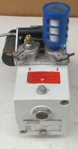 Pfeiffer Balzers Vacuum Pump Duo 1 5a