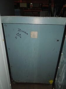 Texas Transformer 300kva 575 240v 3ph Dry Type Transformer Used E ok