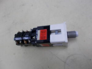 Micro Switch Switch Selector Including 2 Contact Blocks 911cra011bc