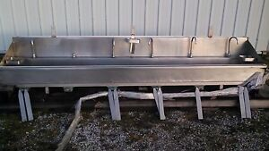 6 Bay Stainless Steel Sink W knee Valves