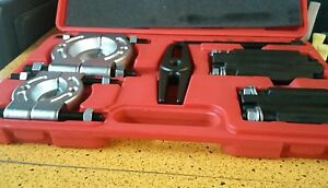 Urrea J4330 Bar Type Puller Bearing Separator Set