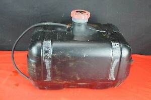 John Deere Yanmar 850 Compact Tractor Diesel Good Plastic Fuel Tank With Bad Cap
