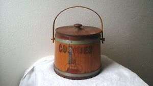 Vtg Primitive Shaker Metal Banded Wood Salt Pail Sugar Bucket Antique 7 By 8 W