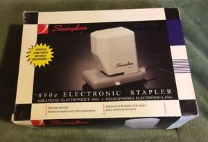 Swingline 690e Automatic Stapler