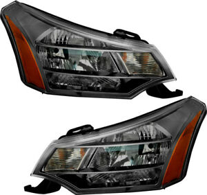 Halogen Headlights Headlight Assembly w bulb New Pair Set For 09 11 Ford Focus