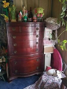 Antique Mahogany Bedroom Suite C1950