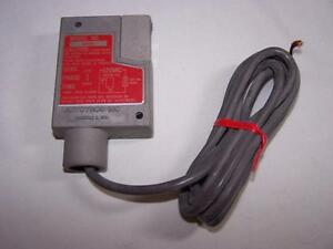 Elwood Autotron A20000 Photoelectric Switch New In Bag