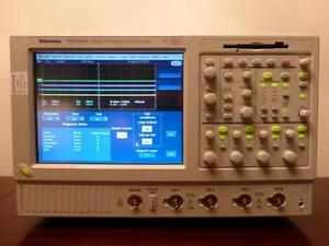 Tektronix Tds5104b 4 Channel 1 Ghz 5gs s Digital Oscilloscope Calibrated